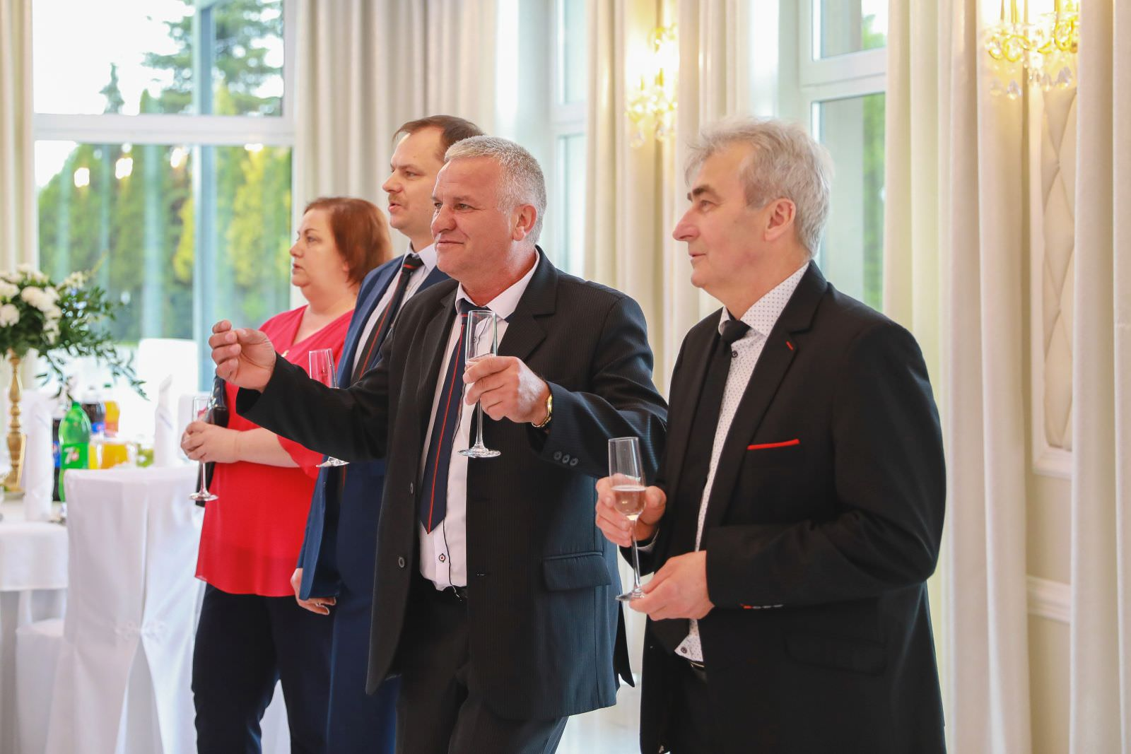 toast gości weselnych