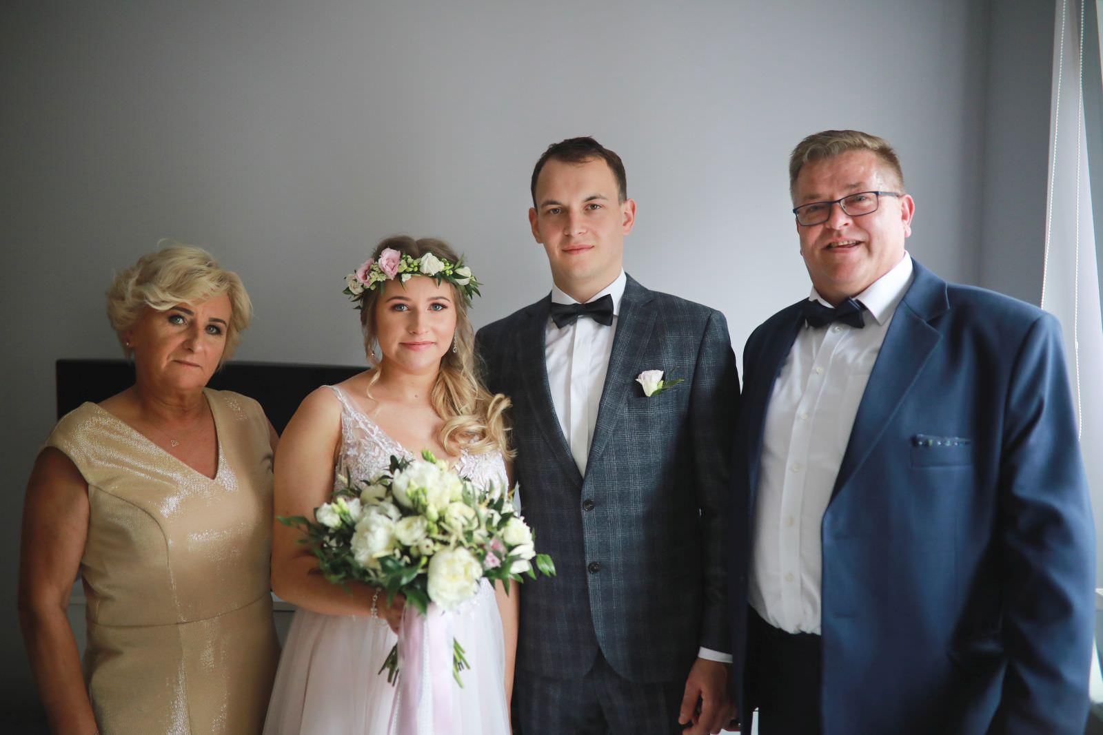 zdjęcie grupowe z rodzicami