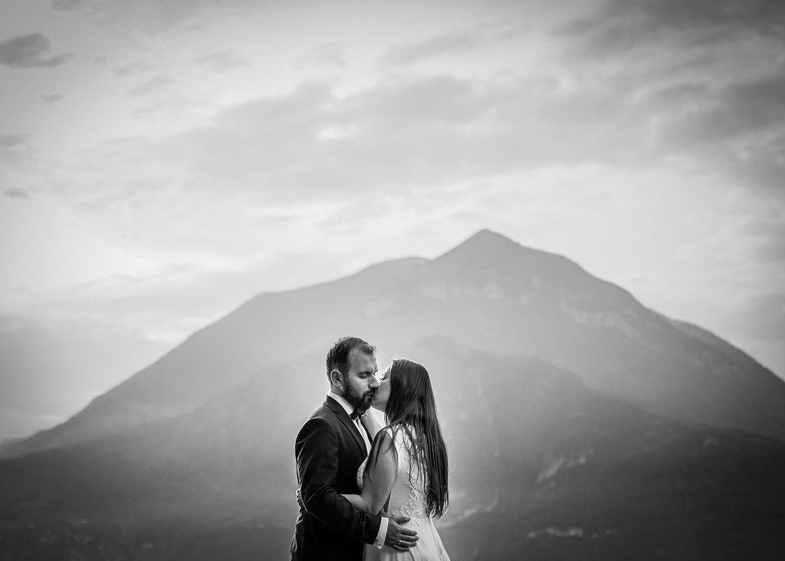 sesja ślubna na tle gór